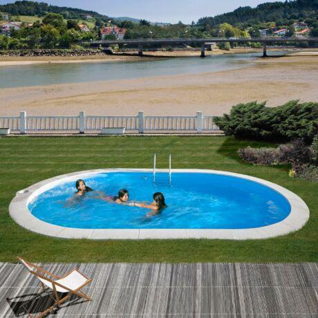 PONTAQUA ovális földbe épített medence 7 x 3,2 x 1,2 m